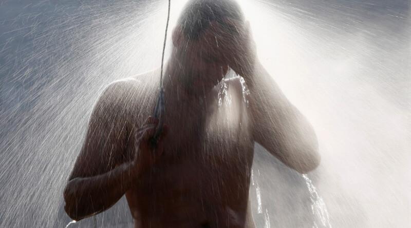 showering better than bathing